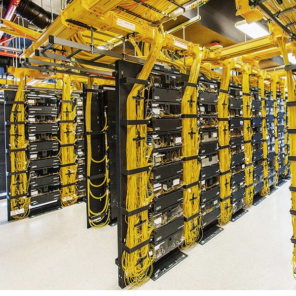 Data Center fiber patch panel, fiber optic cable wire, management