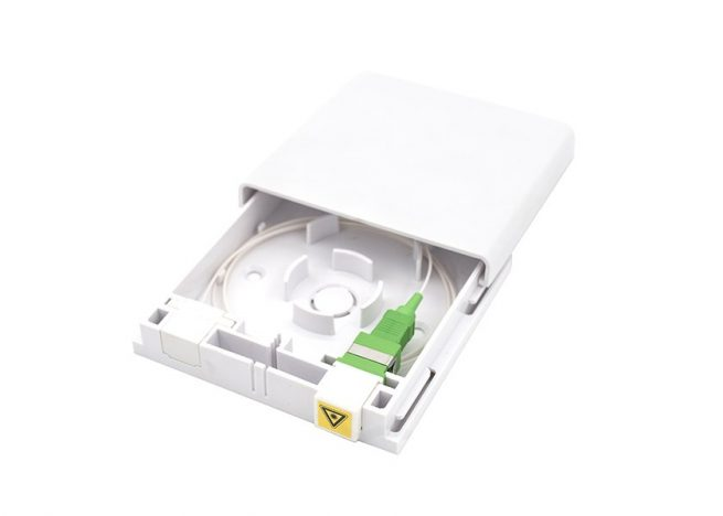 FOB-86S wall mount fiber outlet box with SC adapter, pigtail